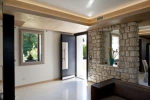 Installazione di infissi interni ed esterni a Roncadelle (Treviso)